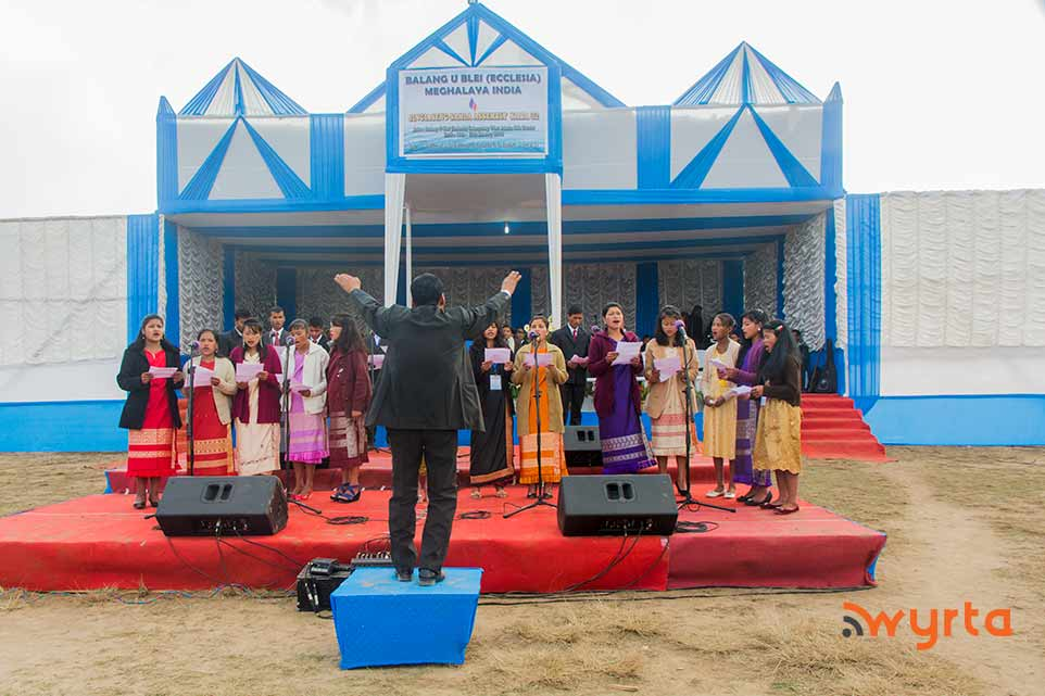 assembly-choir1