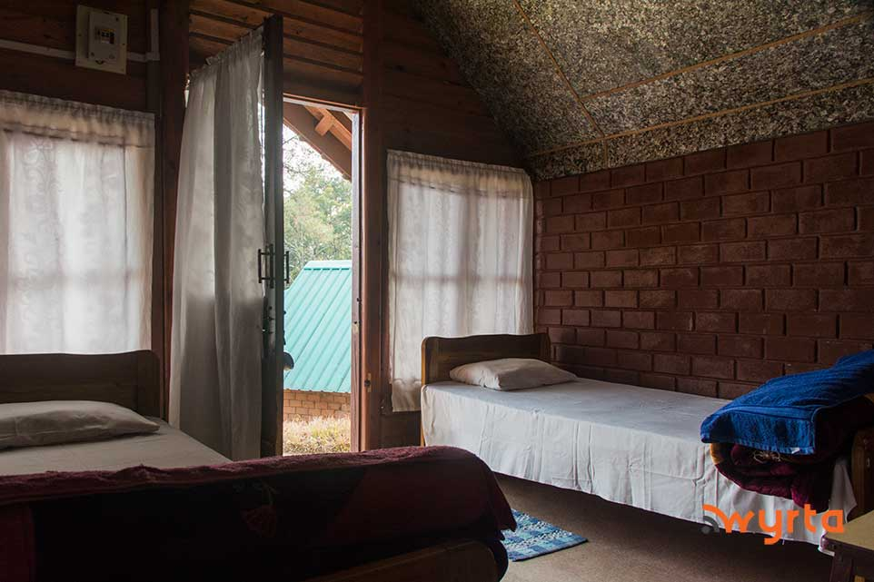 ialong-eco-lodge1